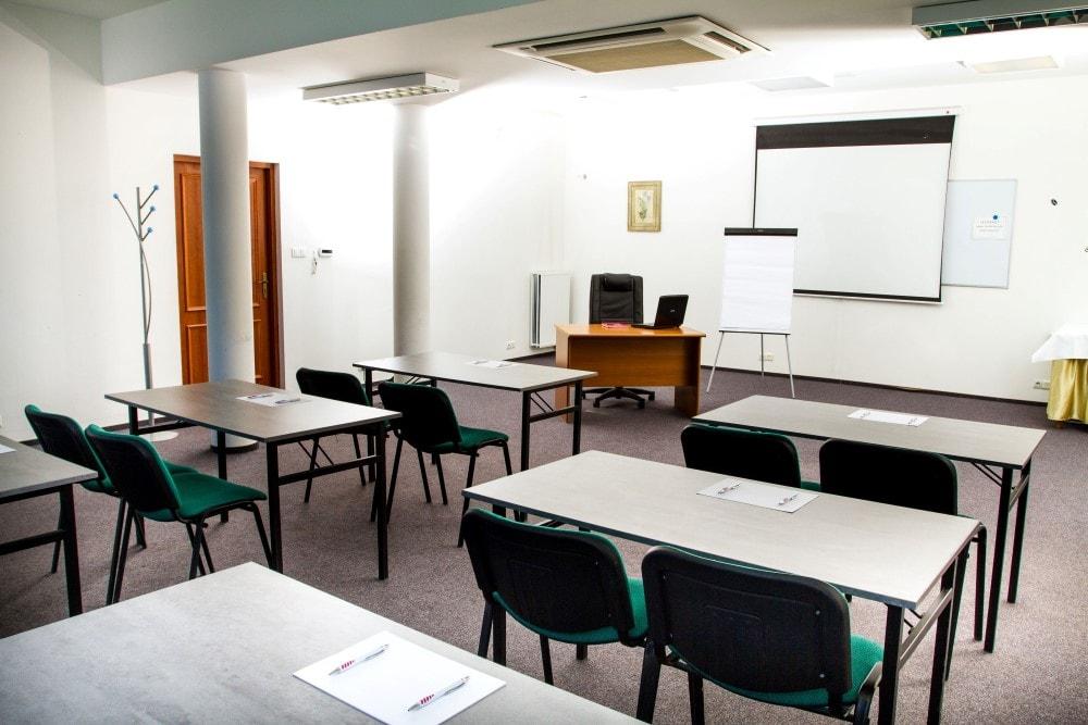 Funkcjonalne sale konferencyjne podWarszawą - Hotel Stawisko Klaudyn