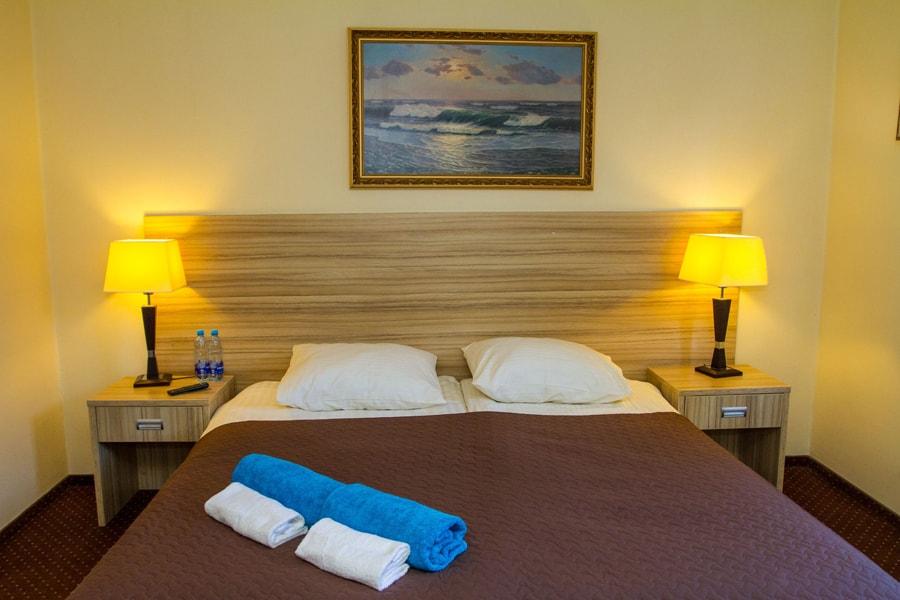 Stawisko Hotel elegant and affordable rooms near Warsaw